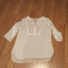 New York and Company top Pretty New York and Company top.  Price tag removed but tag with extra button still attached.  Sleeves can be worn down or rolled up and buttoned New York & Company Tops Blouses