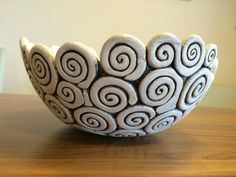 Ceramics Projects, Clay Projects, Ceramic Pots, Ceramic Pottery, Coil Pots, Cement Crafts, Cardboard Crafts, Polymer Clay Crafts, Clay Art