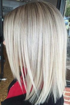 This look features a straight cut back with the side sections angled sharply. Thick hair should have textured ends and this look is the perfect style for those with long thick hair who want a medium length hairstyle.  Does someone know how to do this Layered Front, Shoulder-Length Lob Hairstyle? Someone could tell me the full steps, please?