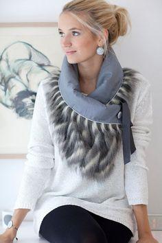 discount price 120 New price 108 Scarf collar model Stella Mat Kleidung Design, Diy Kleidung, Creation Couture, Neck Warmer, Scarf Styles, Refashion, Diy Clothes, Ideias Fashion, Winter Fashion