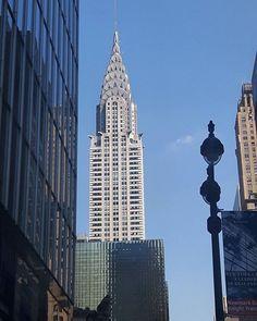 Chrysler Building  Ostatnio mam znów problemy z Instagramem. Dodaję zdjęcia, a one po chwili znikają. Istna magia :| Jednak zdjęcia mimo tego powstają i jak się już unormuje to będę na bieżąco dodawała więcej! :) #mobilnytydzien #galaxys5 #chrysler #buildings #architecture #nyc #igersnyc #holidays #wakacje #traveldiaries #urban #modern #architektura #mobile #newyork #tv_architectural #newyork_instagram #nyclife #ig_nycity #everyday_shooter #exclusive