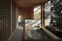 CUBO design architect completes house in kamakura, japan Japanese Modern House, Modern Japanese Architecture, Japanese Design, Sustainable Architecture, Japanese Wife, Pavilion Architecture, Asian Design, Residential Architecture, Architect House