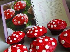 woodland fairy mushroom cupcakes