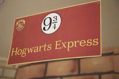 HOGWARTS / Harry Potter Birthday Party Ideas | Photo 1 of 44