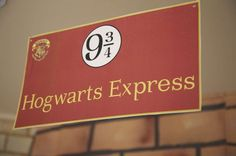 HOGWARTS / Harry Potter Birthday Party Ideas | Photo 1 of 44