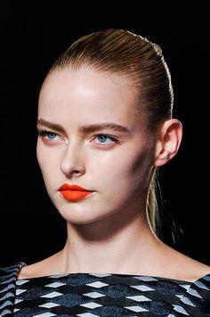 #AquilanoRimondi also stayed true to orange hues #MFW #Lipstick
