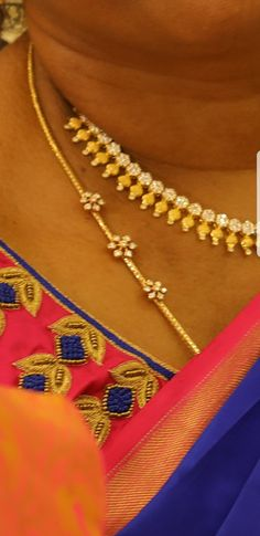 Real Gold Jewelry, Gold Jewelry Simple, Gold Mangalsutra Designs, Gold Earrings Designs, Gold Chain Design, Gold Jewellery Design, Gold Chain With Pendant, Jewelry Model, Chains