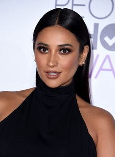 Nails pretty little liars shay mitchell 68 trendy Ideas Latest Hairstyles, Celebrity Hairstyles, Cool Hairstyles, Beauty Makeup, Hair Makeup, Hair Beauty, Pretty Little Liars, Shay Mitchell Makeup, Maquillage Kylie Jenner