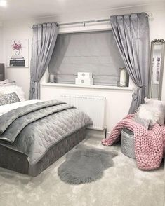 Bedroom Design And Decoration Tips And Ideas - Top Style Decor Silver Bedroom, Bedroom Interior, Bedroom Makeover, Bedroom Design, Bedroom Decor, Bedroom Diy, Beautiful Bedrooms, Room Ideas Bedroom, Apartment Decor