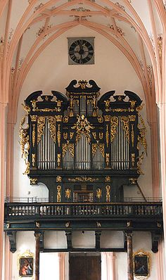 Sound of music church organ