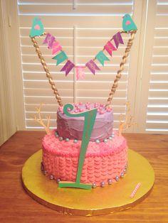 My daughter's first birthday cake!  Little birdies :)