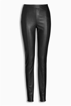Yet to add a pair of leather look leggings to your wardrobe? Winter is THE time! Pair with sparkles for party season or a chunky knit for those brunch dates!