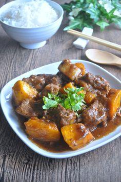 Braised Pork Ribs with Pumpkin Gourd Pork Ribs - Eat What Tonight - Foodporn - Asian Marinated Pork Ribs, Braised Pork Ribs, Pork Stew, Pork Rib Recipes, Asian Recipes, Smoker Recipes, Chinese Recipes, Chinese Pumpkin Recipe, Asian Foods