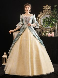 Victorian Dress Costume, Victorian Era Dresses, Victorian Ball Gowns, Vintage Ball Gowns, Victorian Clothing Women, Rococo Dress, Costume Dress, Pretty Dresses, Beautiful Dresses