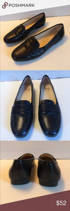 Amalfi by Rangoni Women's Black Penny Loafer Italy Great looking and classic styling. Black leather with leather lining and insoles. Cushioned heels. Rubber soles. Like new condition. 7N Amalfi by Rangoni Shoes Flats & Loafers