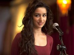 According to reports, Parineeti Chopra has now replaced Shraddha Kapoor in Rohit Shetty and Ajay Devgn's 'Golmaal Again'.