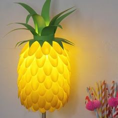 Make a room pop with this awesome DIY craft! Pineapple Lampshade