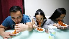 Spicy Noodle Challenge with my cousins