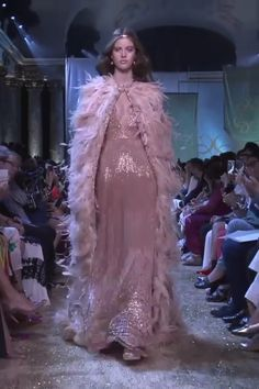 Beautiful Embroidered Light Salmon Empire Waist Evening Maxi Dress / Evening Gown with Deep V-Neck and a Cape. Runway Show by Elie Saab Prom Dress Couture, Elie Saab Couture, Special Dresses, Fashion Videos, Couture Collection, Dream Dress, Homecoming Dresses, Bridal Dresses, Beautiful Dresses