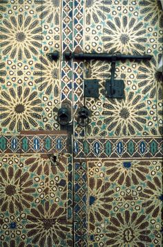 A painted wooden door in Fez, Morocco, featuring essentially similar pattern Painted Doors, Wooden Doors, Moroccan Doors, Oriental, The Doors Of Perception, Persian Motifs, Door Entryway, Moroccan Design, Textile Patterns