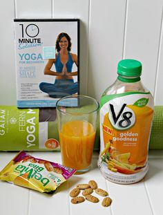 In with the new! Morning energy from BelVita Bites and V8 Veggie Blends will power you through your yoga workouts #NewBreakfastRoutine #ad