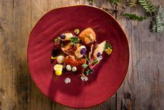 """Pollo arrosto """"Laura Peri"""", oca del Perù e salsa di alloro"""