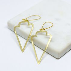 https://www.paupau.online/jewelry/gold-bullet-earrings