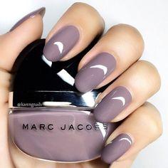 "Huda Kattan on Instagram: ""Love this color!!!  @karengnails #hudabeauty"""