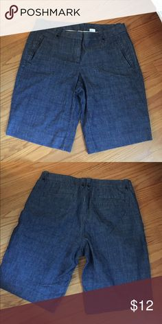 J.Crew city fit chambray shorts size 6 J.Crew city fit size 6 short. Chambray. J. Crew Shorts Bermudas