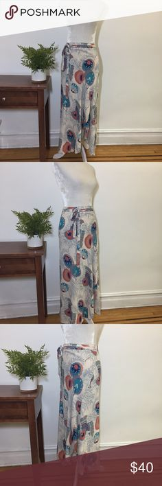 """Zara • pink floral sarong wrap skirt Excellent pre-owned condition. Wrap skirt with ties on each end, opens completely   28"""" around waist 37"""" total length Zara Skirts"""