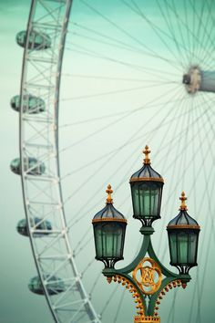 View of a vintage lamp post and the London Eye on Westminster Bridge in London London Eye, London City, London Bridge, The Places Youll Go, Places To See, Brighton, Beautiful World, Beautiful Places, Beautiful London