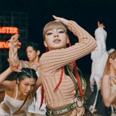 South Korean Girls, Korean Girl Groups, Blackpink Debut, I Go Crazy, Blackpink Lisa, Yg Entertainment, Videos, Comebacks, Hip Hop