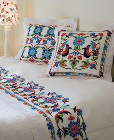 ❤ Beautiful Embroidery . / Belos Bordados.