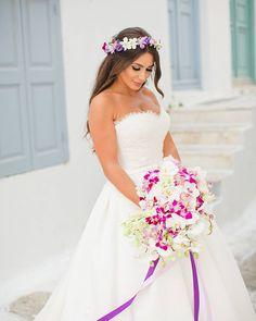 Such a gorgeous bride! See her modern wedding on the blog! LINK IN BIO  Photography @annaroussos Wedding Planner @lilyvalleycom Second photographer @vasiliskouroupis Stationary @loveme_do Dinnerware & Linen Rentals @white_lilac_rentals  #weddingsingreece #greecewedding #destinationweddingplanner #greeceweddingplanner #weddingplanneringreece #weddingcolors #bridalinspo #lovegreece #bridallook #weddinggowns #gettingmarriedingreece #weddingblog #weddingblogger #weddinginspiration #weddingday…