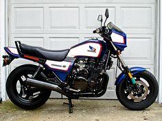 Street Fighter Motorcycle, Womens Motorcycle Helmets, Motorcycle Style, Motorcycle Girls, Honda Nighthawk, Honda Cbx, Cafe Racer Moto, Moto Bike, Honda Bikes