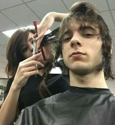 How to do an emo style haircut.  Step 1:90° cut the whole thing  Step 2: blow dry hair Step 3:razor top swifting it at the ends to blend  Step 4:style to desired look