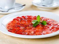 Carpaccio fraises basilic