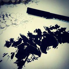 Sometimes, I draw... Eash One - France - 2015  #Graffiti #sketch #drawings #black #ink #streetart #wildstyle #Bordeaux #sketchbook #back to black ...                                                                                                                             Mehr