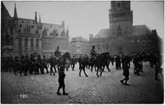 Bruges at War 1914-18 exhib runs til Feb 22, 2015 in the Belfry. Excellent photographic displays, both historic and contemporary. visitbruges.be