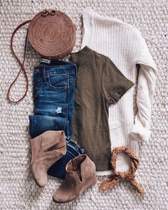 iG- @sunsetsandstilettos- #casual #outfit #inspiration #fall