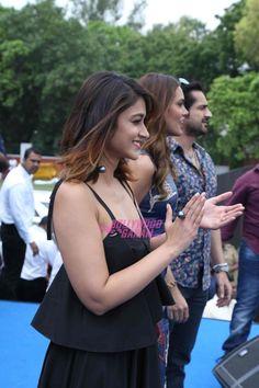7656cb547 Illeana D'Cruz along with co-star Esha Gupta while the promoted their movie  Rustom at the Hansraj college. Bollywood Garam · Ileana ...