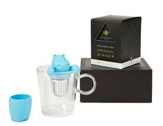 An ideal gift for those who need a revitalising moment in their day. This gift set contains an infuser and luxury peppermint teabags. Tea Gift Sets, Tea Gifts, Lemon Grass, Peppermint, Mugs, Tableware, Day, Mint, Tea Favors