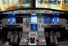 Avianca Brasil Airbus A318-121 -  Cockpit https://www.facebook.com/Dream.of.Flying.brasil/photos/a.305152799652836.1073741828.305149869653129/477180225783425/?type=1&theater