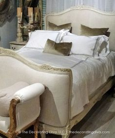 Add A Touch of Romance With Antique French Bedroom Decor  - http://thedecoratingdiva.com/romance-in-france-antique-french-bedroom-decor/