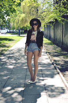 ERMAKO, Oversize Jackie Bold Round Designer Sunglasses 8045