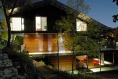 Beverly Skyline House by Bercy Chen Studio, United States
