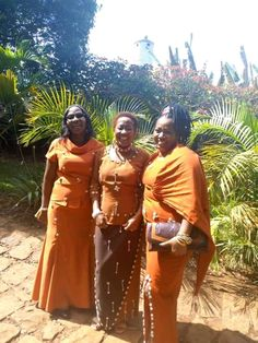 Contact us for custom making 0702376767 African Fashion Ankara, African Wear, African Dress, Kenyan Wedding, Ethnic Wedding, Traditional Wedding Attire, Traditional Dresses, Kitchen Makeovers, Language Activities