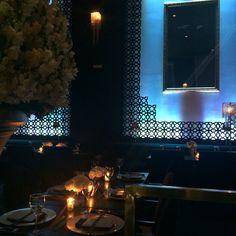 Casamento moderno no 300 Cosmo Dining Room