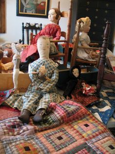 Love this doll quilt and the sweet prim dollies too, so cute