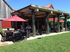 A nice day for some lunch on our sunny patio #stablesmatakana #stablesrestaurant #lunchinthesun #matakana #weekendvibes